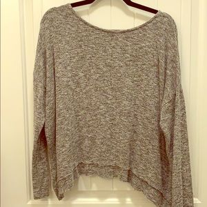American Eagle light weight sweater/top